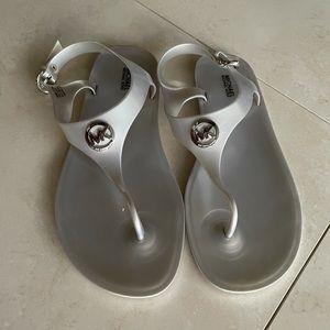 Michael Kors Silver Plastic Sandals 10